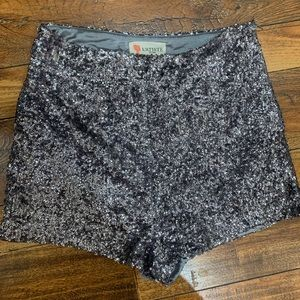L'atiste by Amy sequin silver shorts S